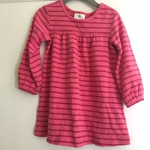 Hanna Andersson play dress size 90/ 3T